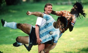 Paul-Gascoigne-having-fun-006